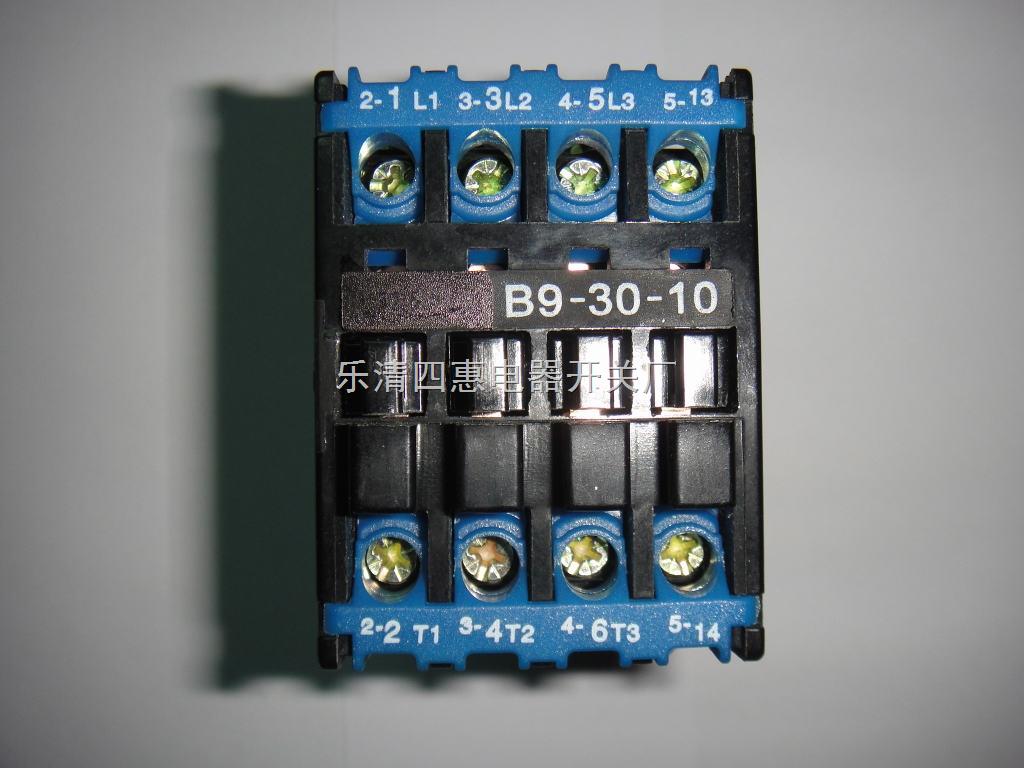 """中接通和分断电器。并与适当的热继电器或电子式保护装置组合成电动机起动器,以保护可能发生的过载的电路。 结构特点 1.接触器为直动式双断点结构,B9 - 30力""""正装式结构"""",即触头灭弧系统在前面,磁系统在后面(靠近安装面),B37 - 250为""""倒装式结构"""",即磁系统在前面,触头灭弧系统在后面。 2。B9可提供四对触头(三对主触头带一对常开或常闭辅助触头或四对主触头)。B9可加装CA7(一常开或一常闭)辅助触头1-4只。 3。B9可加装CA9(一常开一常闭或"""
